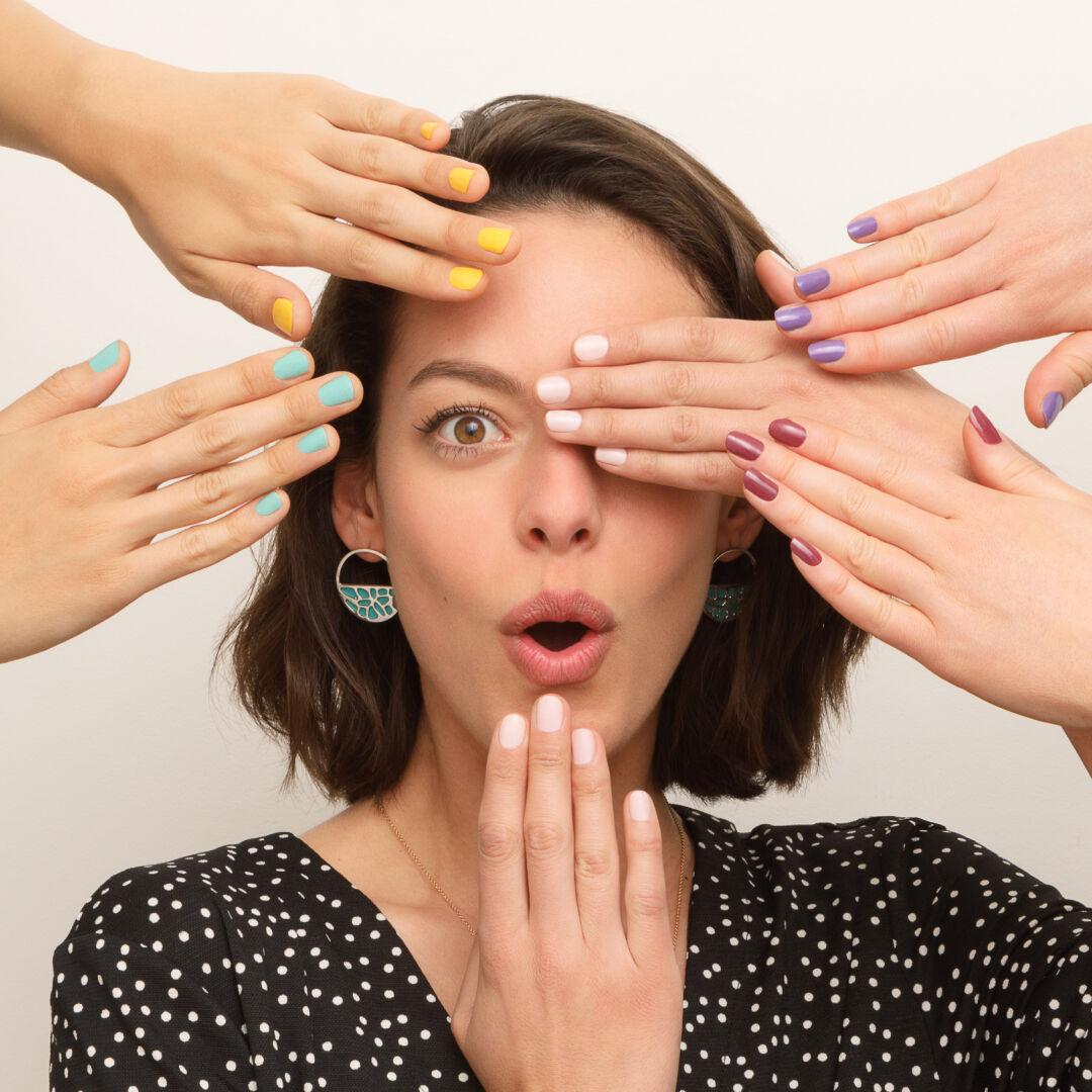 Woman Colours Les Georgettes