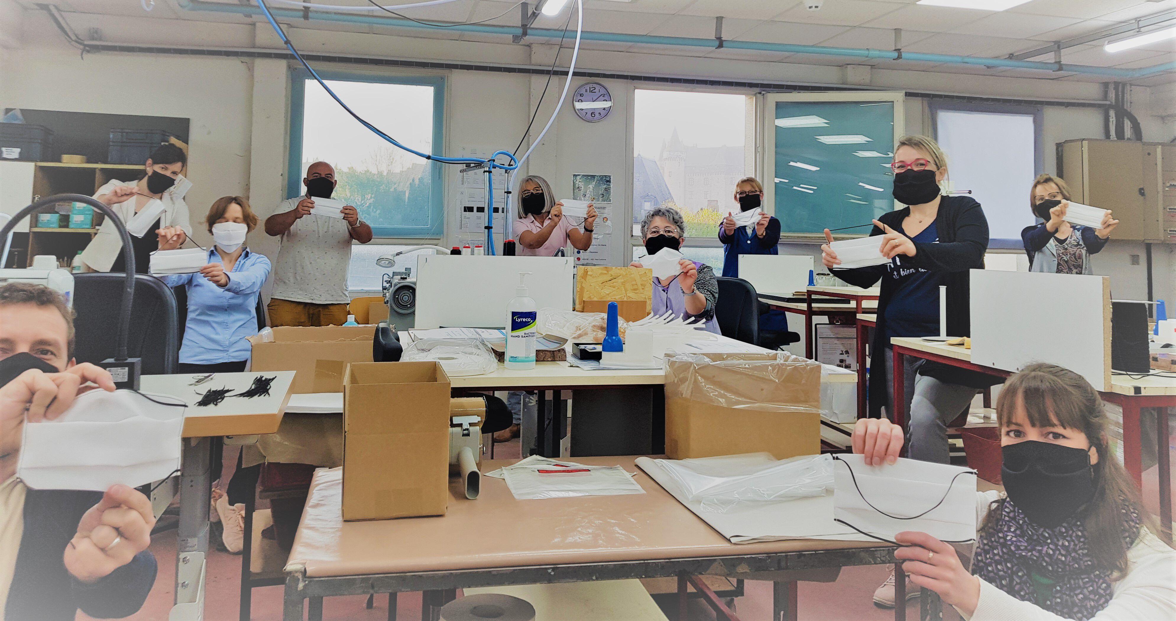Equipe Les Georgettes avec un masque, contre coronavirus