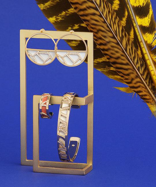 Les Précieuses Jewelry: Girafe Hoop Earrings, Perroquet Ring and Bracelet